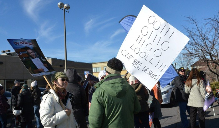 Manifestation de grévistes de la Commission scolaire de Laval