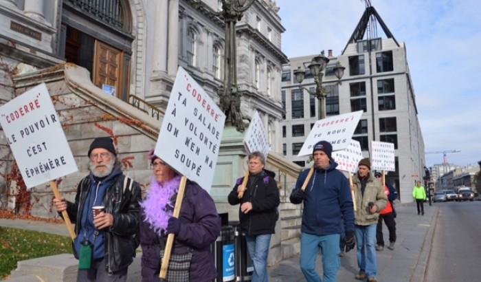 Chaque mercredi, des retraités cols bleus de Montréal manifestent