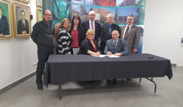 La Ville d'Amos signe enfin avec ses employés
