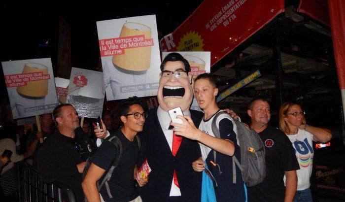 Le Syndicat des cols blancs de Montréal dévoile la première mascotte  de l'histoire du Québec faite avec une imprimante 3D