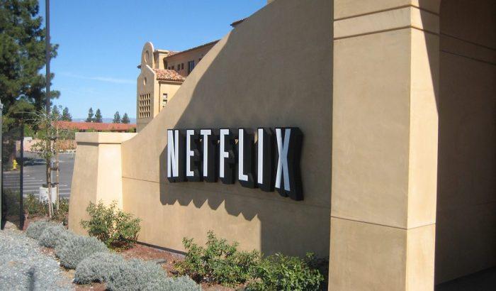 Ne pas taxer Netflix et les autres : une décision dont le gouvernement ne connaît pas le coût!