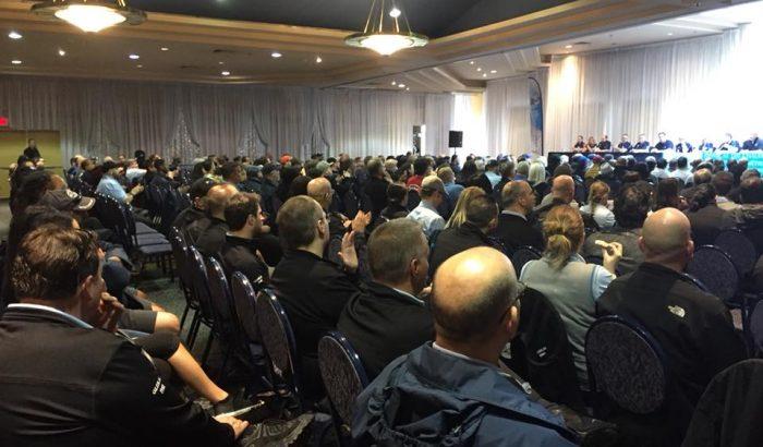 SOCIÉTE DE TRANSPORT DE MONTRÉAL (STM)Les chauffeurs  de la STM votent en faveur du déclenchement d'une grève