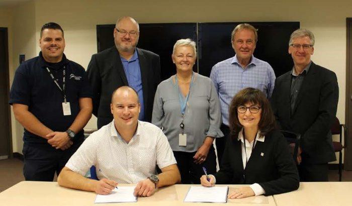 Une autre signature au Syndicat des cols bleus regroupés de Montréal