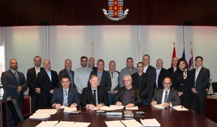 Signature d'une nouvelle convention pour les cols bleus de Laval