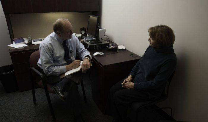 Création d'un programme public de psychothérapieUne bonne idée qui cache un autre cadeau aux cliniques privées