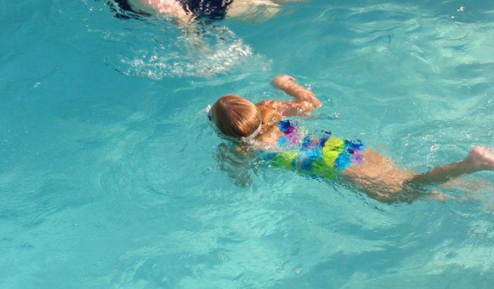 Tensions importantes entre la Ville de Longueuil et ses employés des piscines
