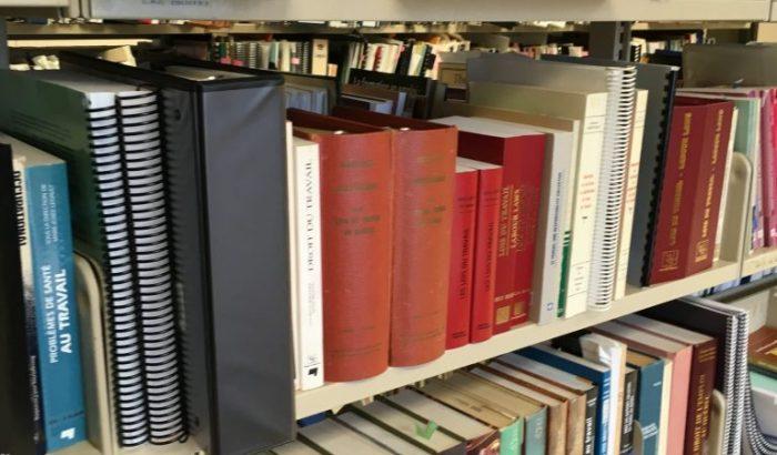 Un autre chapitre pénible pour les commis de bibliothèque de Longueuil